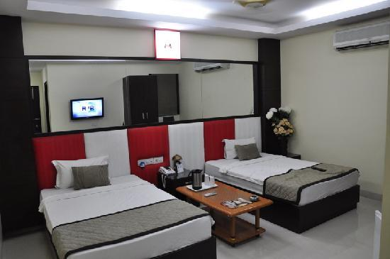Hotel Sohi Residency: Room Photo