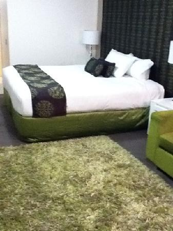 City Golf Club Motel: funky green decor