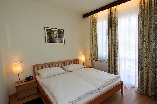 Hotel-Pension Alte-Mühle: Zimmer