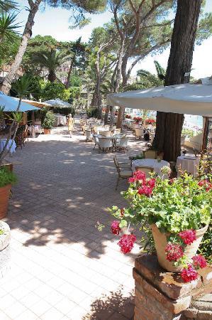 Belmond Villa Sant'Andrea: Lunch bar