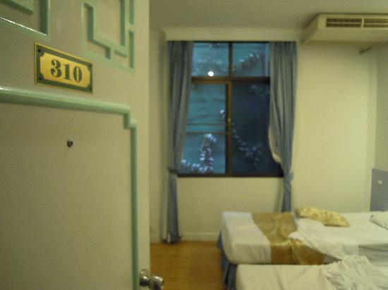 Chinatown Hotel: habitacion