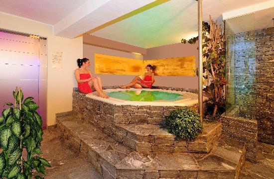 Hotel Lamm: Wellnessbereich / zona benessere