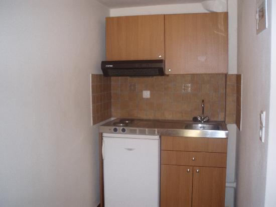 Small Kitchen Area Picture Of Dia Apartments Piskopiano