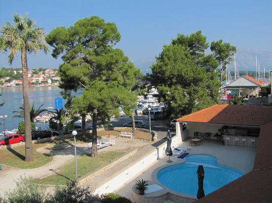 Hotel Lumbarda: Turist from Pula, Croatia