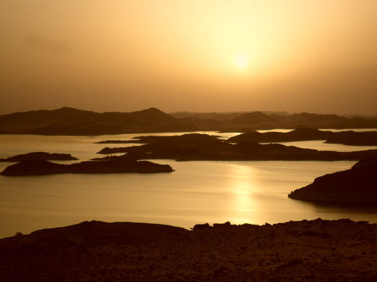 Nile River Valley, Egypt: Lake Nasser sunset