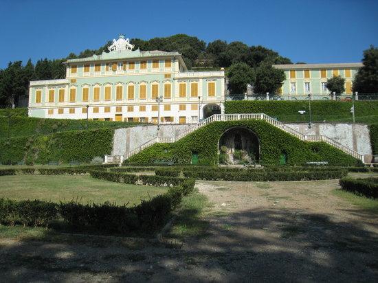 Villa Duchessa di Galliera : The Villa, which was closed in August