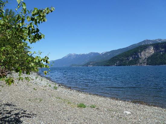 Wing Creek Resort : Kootenay Lake