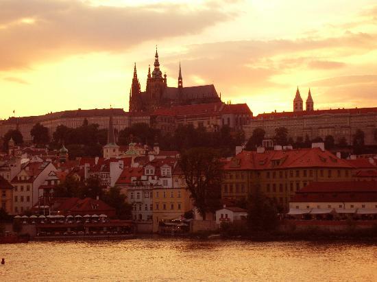 Maximilian Hotel: Unforgettable Prague!