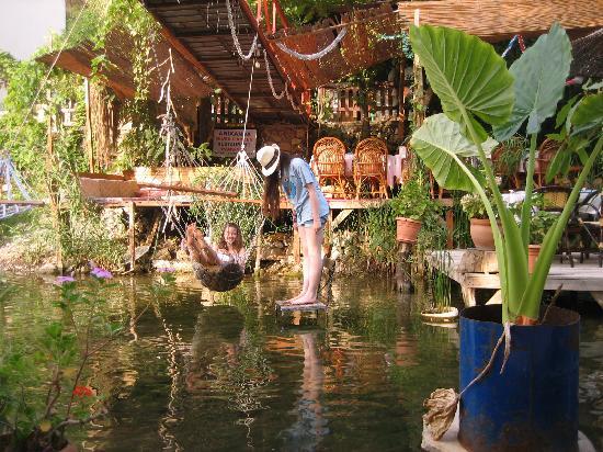 Arikanda River Garden Hotel: Garden and hammock