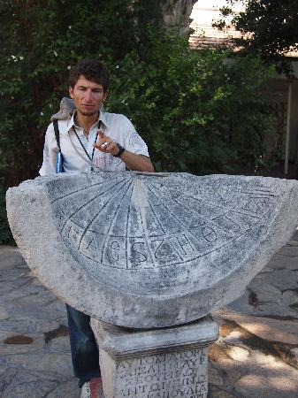 Ephesus Tours by No Frills: Oktay guide