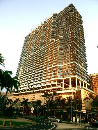 โรงแรมทรัมพ์อินเตอร์เนชั่นแนล ไวกิกิบีชวอล์ค: Hotel overview