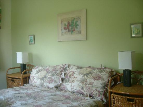 Brook Tor: Charming Bedrooms