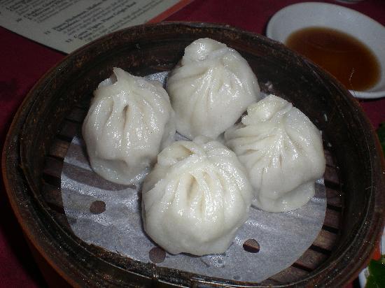Chuen Cheng Ku : Pork Dumpling, not as good as Leong's Legend