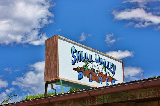 Skull Valley Diner: Cafe sign
