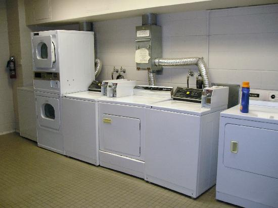 University of Toronto - New College Residence - Wilson Hall Residence: Laundry Room - Wetmore Hall Residence