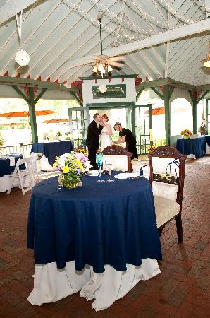 Vandiver Inn Pavillion