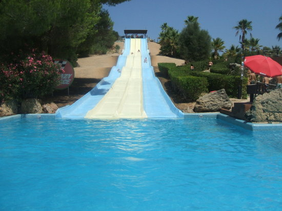 Aqualand El Arenal: One of the many great slides