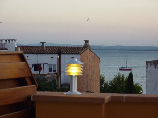 Carmen Hotel: Vistas desde la terraza