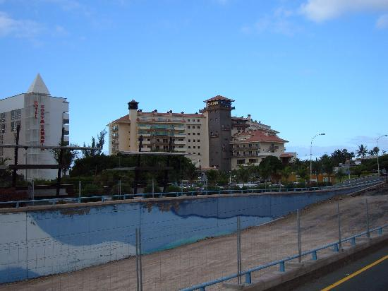 Melia Tamarindos: First view coming from Airport