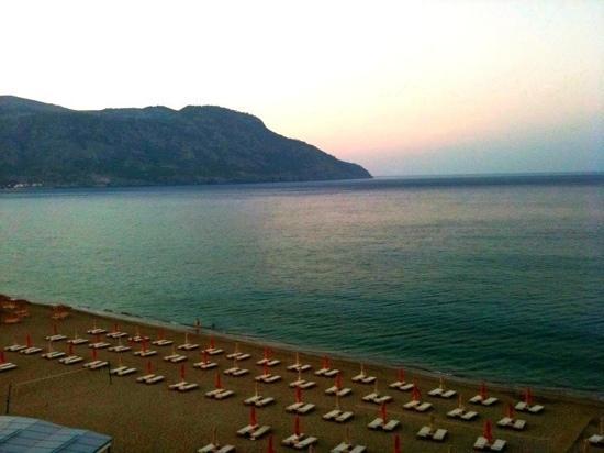 Κάρπαθος (Πηγάδια), Ελλάδα: tramonto dal balcone dell'hotel