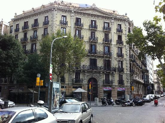 Photo of Apartments Gran Via Barcelona