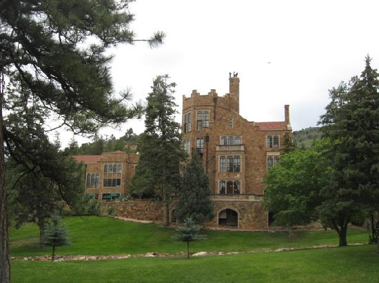 Hiking Trails Picture Of Glen Eyrie Castle Colorado
