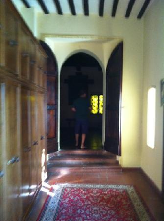 Hotel Torre Dei Calzolari Palace: entrata cappella del castello