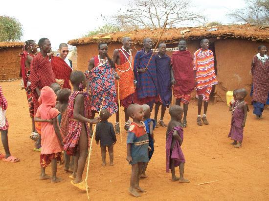 Lawford's Hotel: villaggio Masai