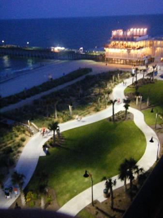 Windsurfer Hotel: View from Balcony of Boardwalk and 2nd Ave. Pier