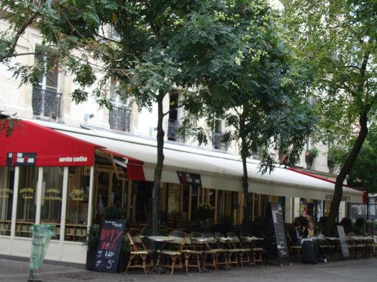 Pere fouettard paris les halles restaurant avis for Restaurant avec terrasse ile de france