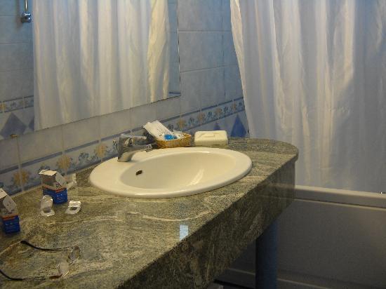 Arredamento bagno - Foto di Excelsior Grand Hotel, Amalfi ...