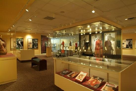 Ava Gardner Museum: Museum Interior