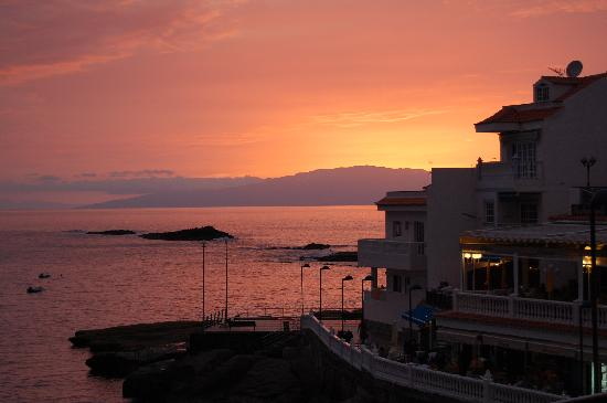 Rosso Sul Mare Restaurant & Wine Bar: Sunset view from Restaurant 1