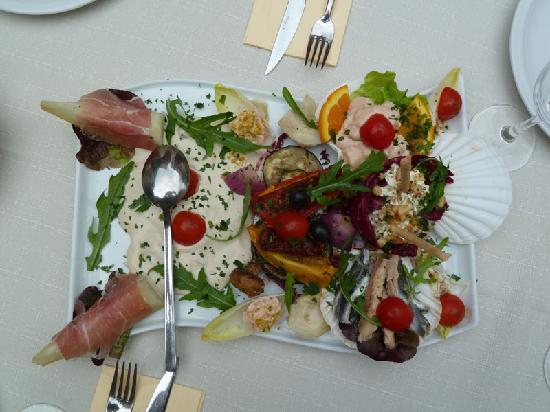 Kleehof in der Gärtnerstadt: Delikate Antipasti werden nach Wunsch zusammengestellt