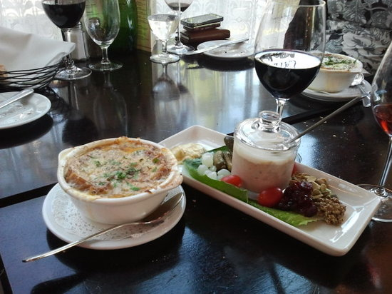 Chez Joly: Pate & Soup