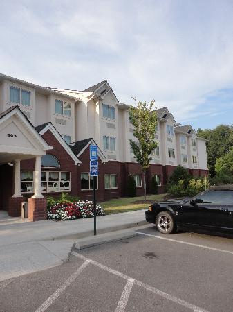 Microtel Inn & Suites by Wyndham Woodstock/Atlanta North: :)