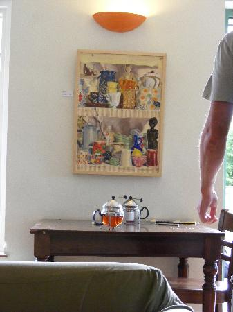 Conwy Falls Cafe : Lovely artwork on the walls