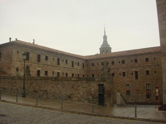 Hosteria del Monasterio de San Millan : monasterio san millan