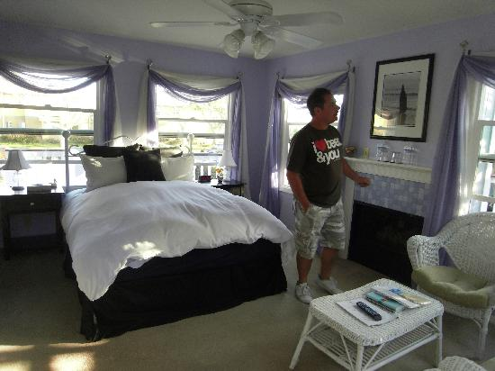 Pelican Cove Inn: laguna room