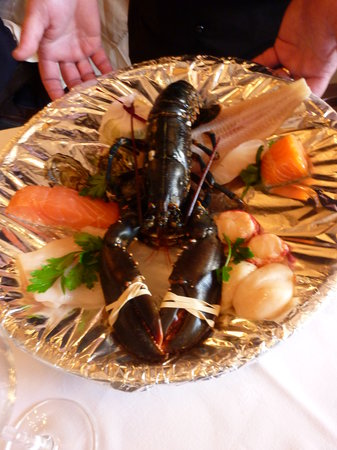 Les Freres Jacques: seafood selection