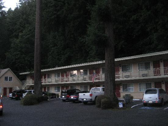 Quality Inn & Suites Santa Cruz Mountains: motel photo