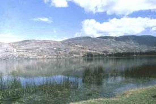Junin, Peru: Vista de la Laguna de Paca - Jauja