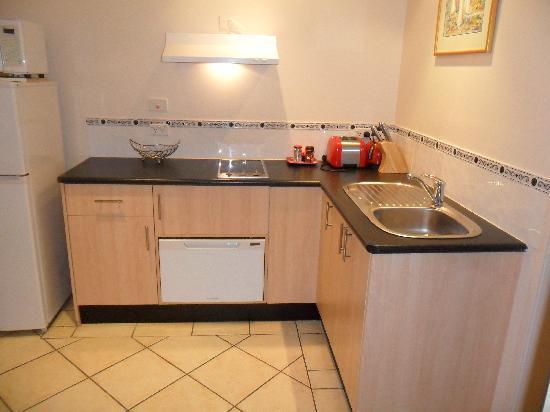 Verner Place : kitchen