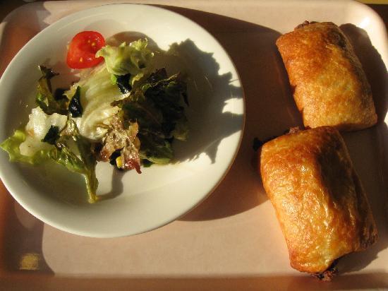 Toyoko Inn Osaka Nanba: Simple Breakfast