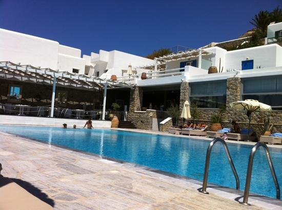 Myconian Ambassador Relais & Chateaux Hotel : pool