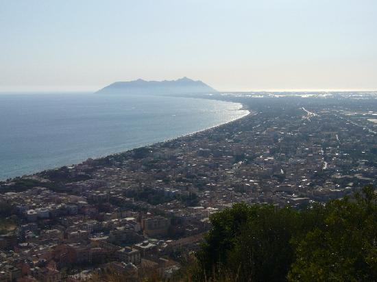Terracina, Italia: Panorama Monte Circeo