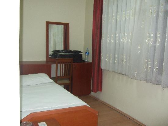 Kadioglu Hotel: 広くはないですが。