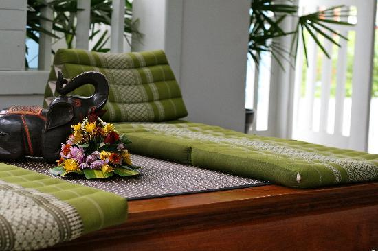 Sitting area in the main reception area
