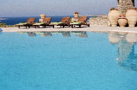 Petres: Vue de la piscine