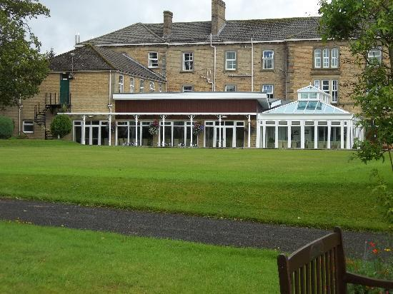 Gilsland Spa Hotel: hotel view from side